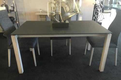 Dining Table With Frosted Glass Top