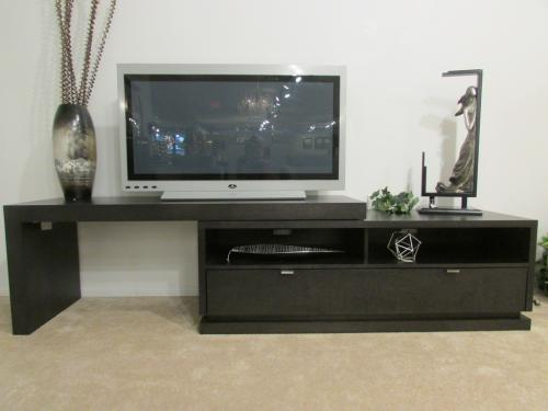2 Pc. Expandable Media Unit