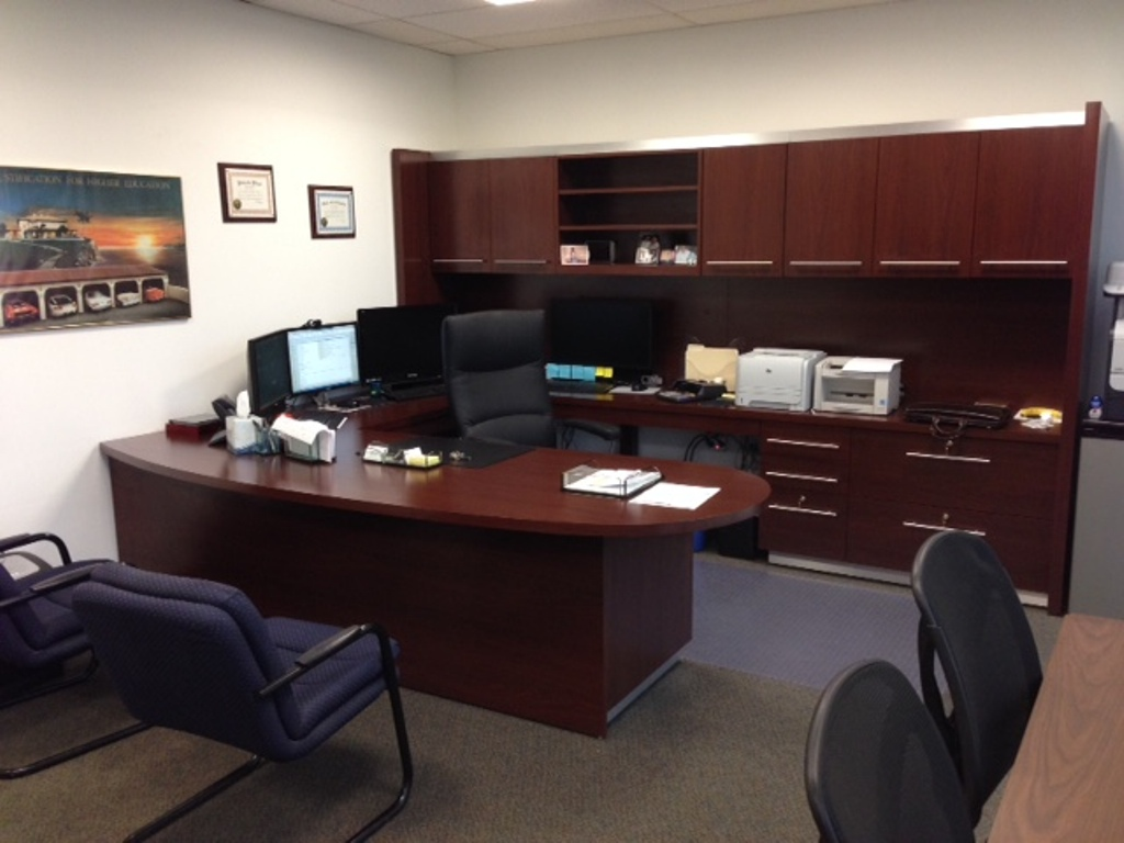 Executive Office Designed By Bob Berry